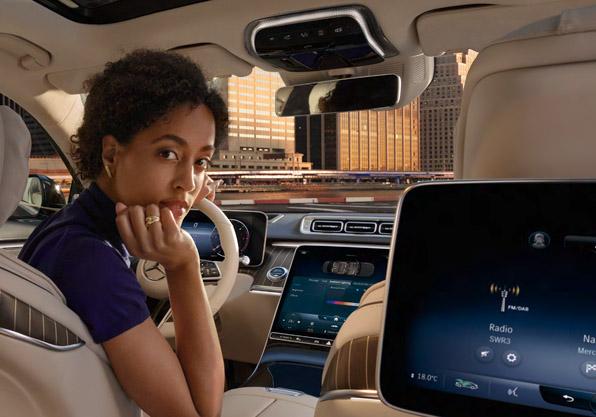 Mercedes Clase_S interior vista desde atrás