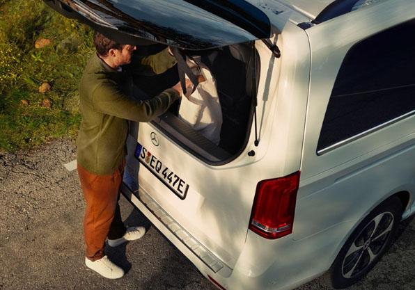 EQV furgoneta electrica Mercedes Benz acceso maleteroscapacidad carga