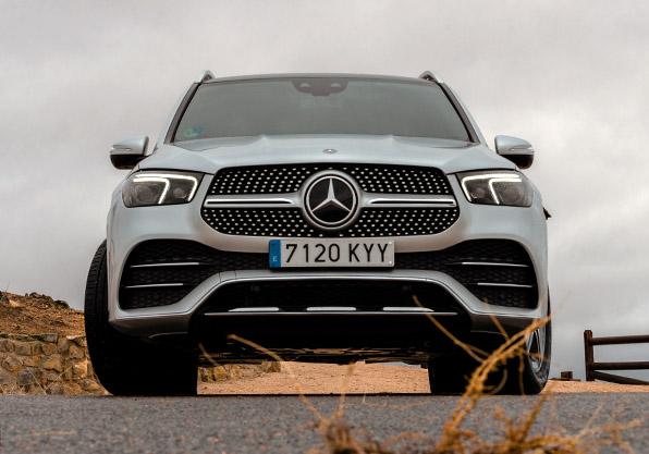GLE-Mercedes-Benz parrilla led