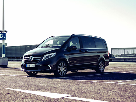 Mercedes clase V pasajeros negra