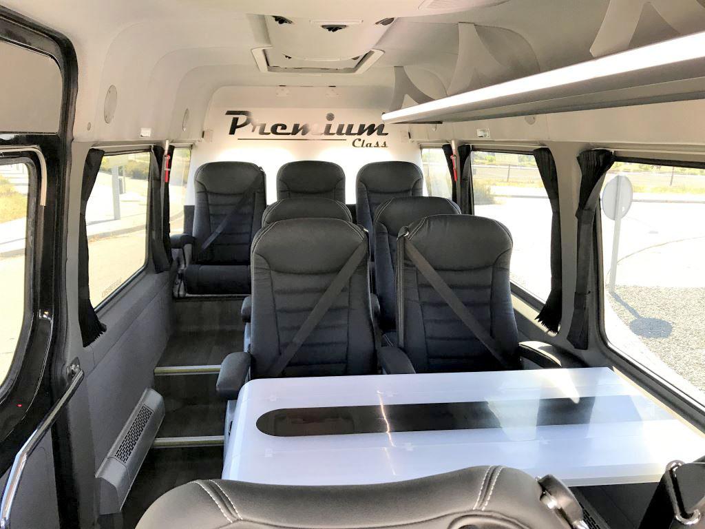 Microbús VIP asientos