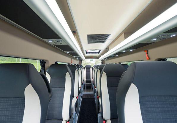 Mercedes minibus asientos unvi vega