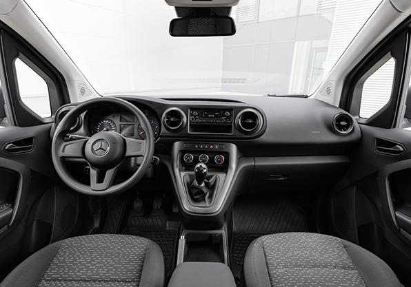 Mercedes-Benz Citan cuadro instrumentos equipamiento basico